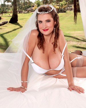 Real brides with big tits